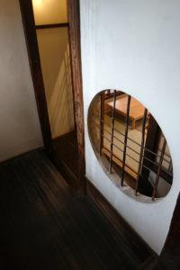 板五米店・階段